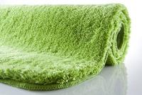Kleine Wolke Badteppich Relax Kiwigrün rutschhemmender Rücken Öko-Tex zertifiziert