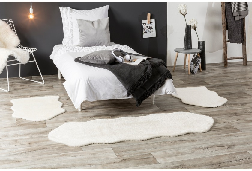 Andiamo Teppich Lambskin weiß 2x 55x80 cm + 1x 55x160 cm Bettumrandung